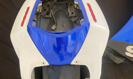 07 08 Suzuki GSXR 1000 oem tail fairing Area Taillights Consisted of